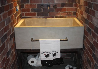 Farm Sink with Towel Rack